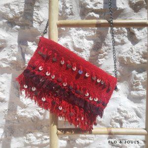 pochette handira en couverture traditionnelle marocaine de mariage fait main par nos artisans a marrakech marque flo and jouls