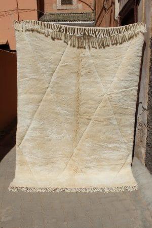 tapis berbère mrirt tissé à la main au maroc par nos artisans piece unique